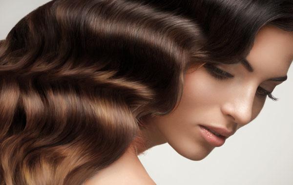 El secreto para un cabello hermoso es cuidarlo desde adentro.