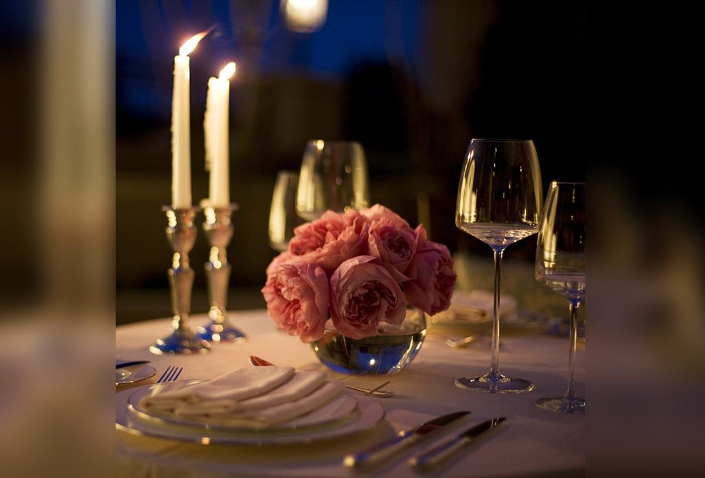 C mo organizar una cena rom ntica perfecta - Como organizar una cena romantica ...