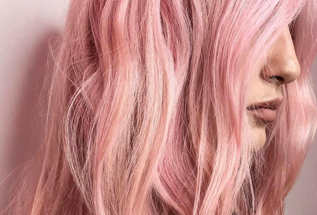 Color de cabello en rosa