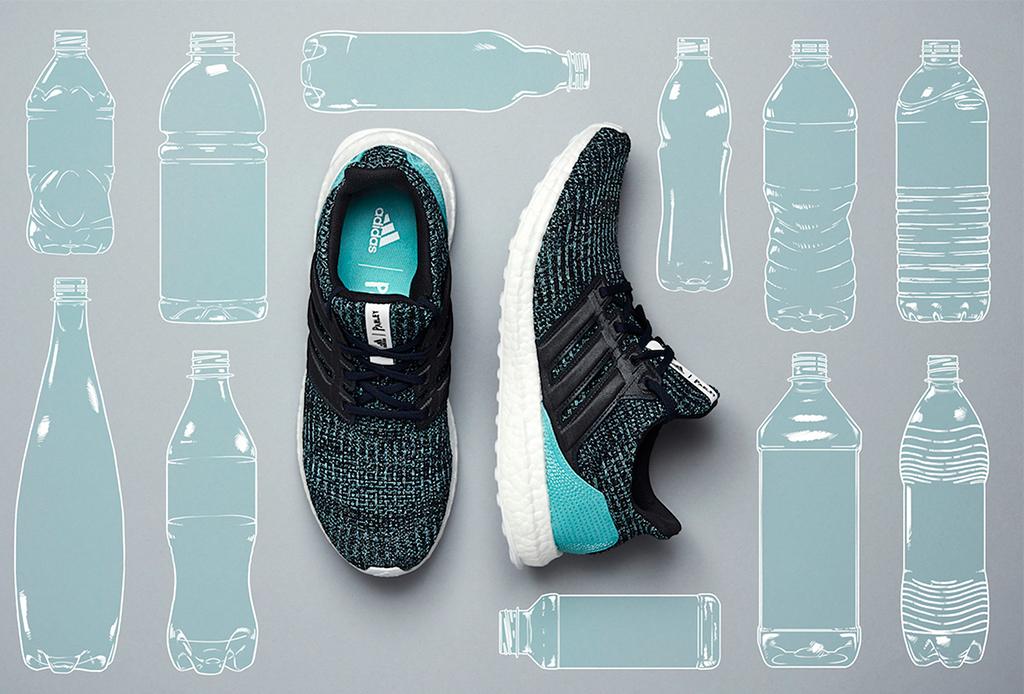 Usar calzado hecho de plástico reciclado ayuda a generar una