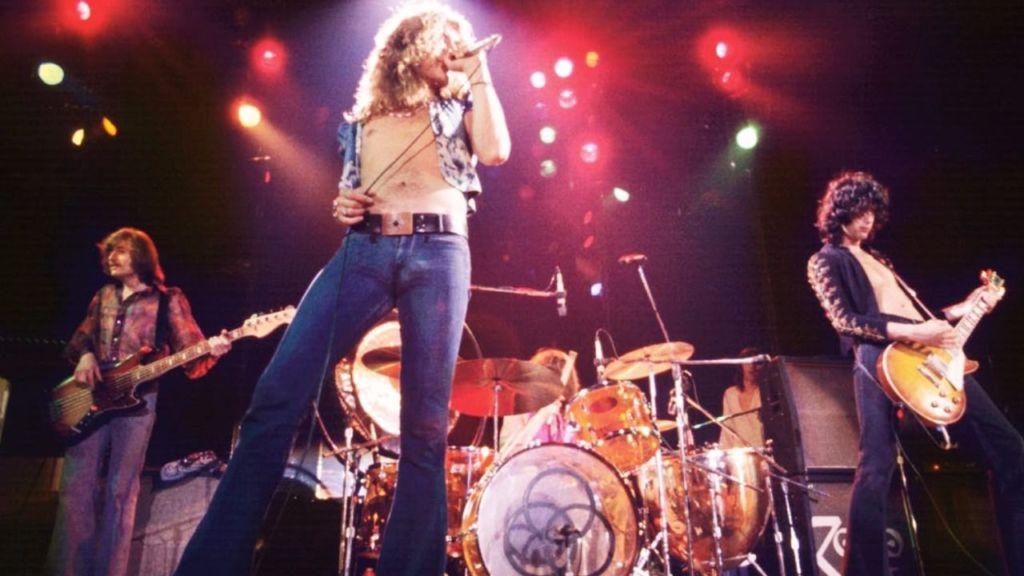 Robert Plant, la voz de Led Zeppelin, llega a los 71